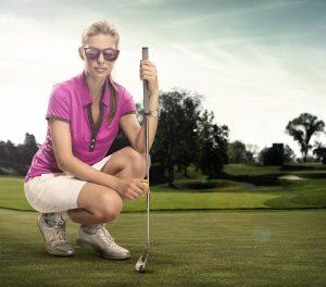 Gear de golf femme pour sunice, sur un terrain de golf