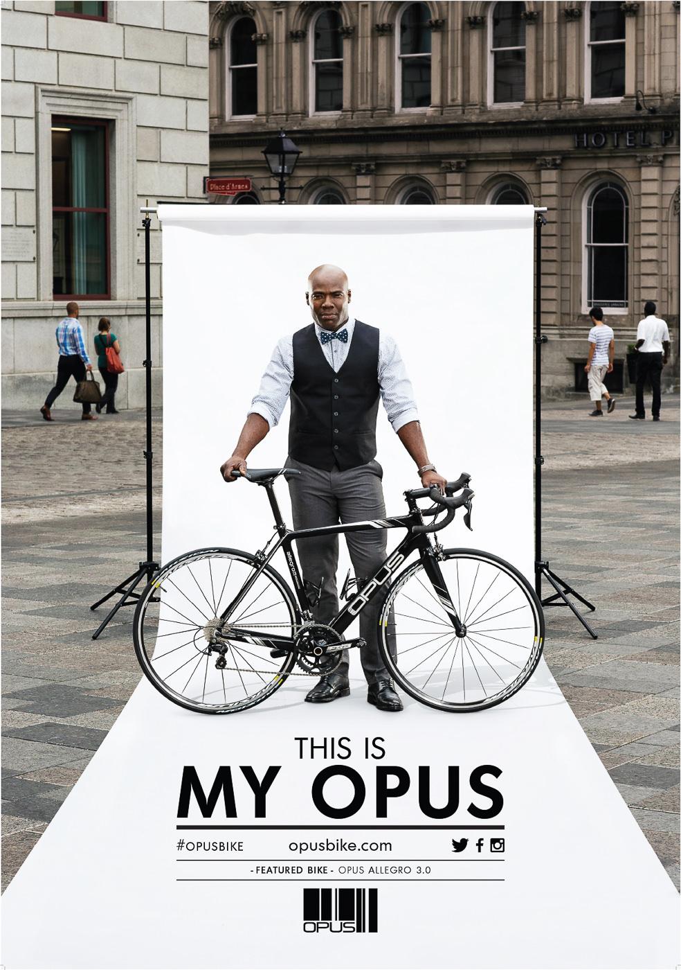 Affiche publicitaire pour vélo Opus bike modele Allegro 3.0 dans le vieux port de montreal