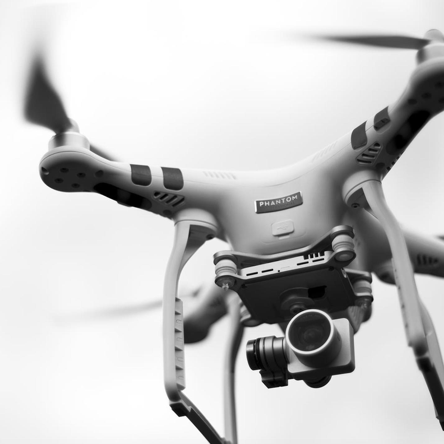 Premier Envol – DroneDJI PHANTOM 3 PRO